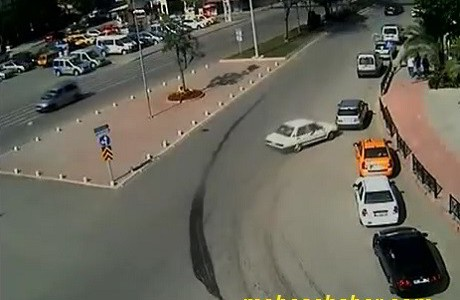 Adana trafik kaza resim